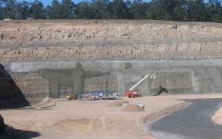 High wall stabilisation